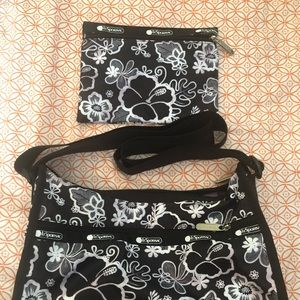 Le sport sac classic hobo and small pouch